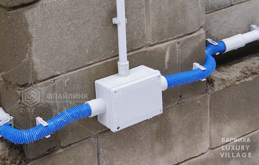 Укладка кабеля для наружного освещения