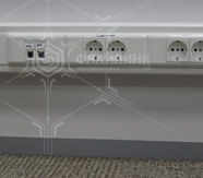 установка розеток и монтаж СКС в офисе