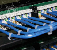 монтаж кабеля в патч-панели